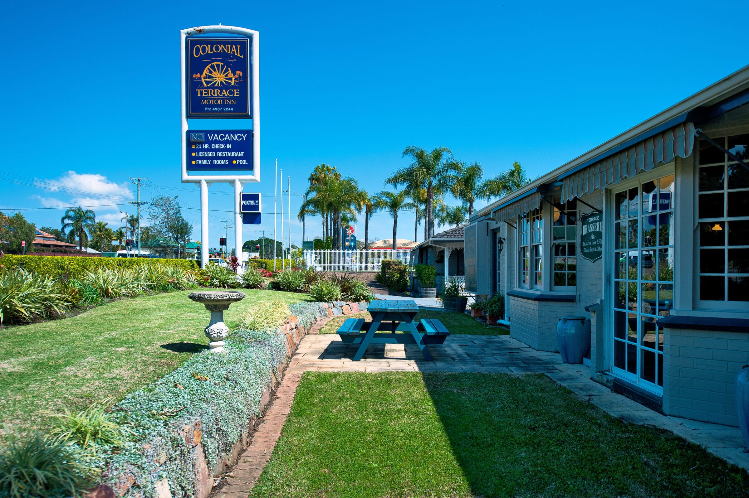 About the Colonial Terrace Motor Inn